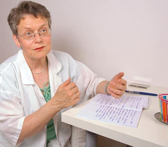 Gespräch und Reflektion sind wesentlicher Bestandteil der Konsultationen bei Heilpraktikerin Agnes Speidel